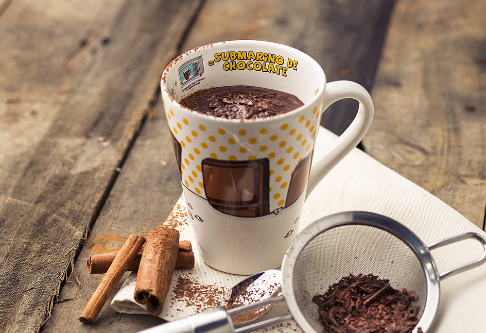 Caneca Submarino de Chocolate da Oxford Porcelanas