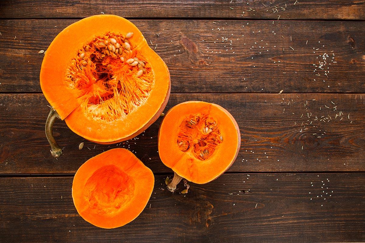 Imagem: A abóbora é um legume muito versátil para o preparo de várias receitas. Foto: Shutterstock/Golubovystock.